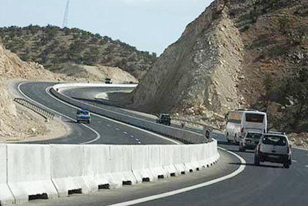 اصلاح 10 نقطه حادثه خیز در جاده های کرمانشاه