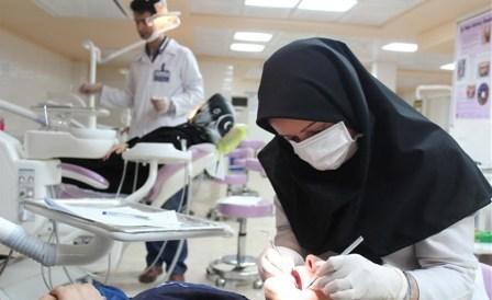 معاون دندانپزشکی اداره سلامت دهان و دندان در مصاحبه با خبرنگاران: بیمه ها باید بخشی از خدمات دندانپزشکی را تحت پوشش قرار دهند