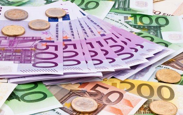 تغییرات نرخ رسمی 47 واحد پولی، دلار ثابت ماند